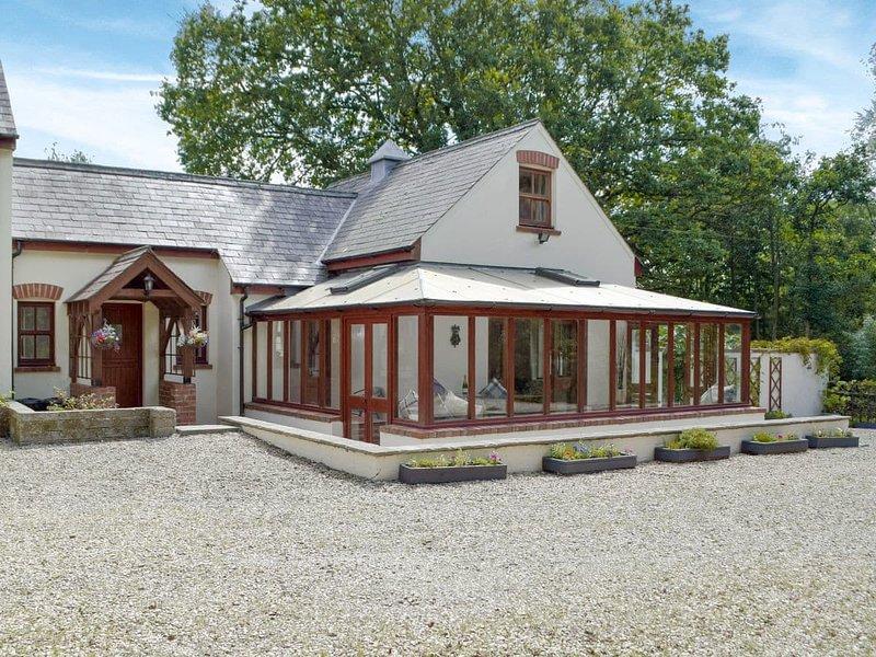 Woodpecker Rest, holiday rental in Gwbert