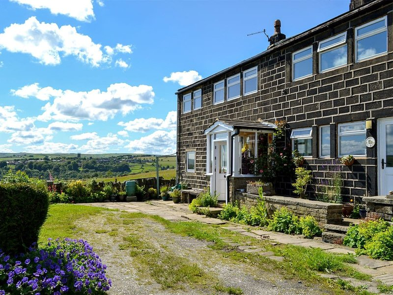 Club House, holiday rental in Cragg Vale