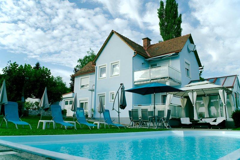 Casa Ananda Exklusives Ferienhaus mit Pool, Biotop, Massage, Fußpflege, Kosmetik, location de vacances à Kukmirn
