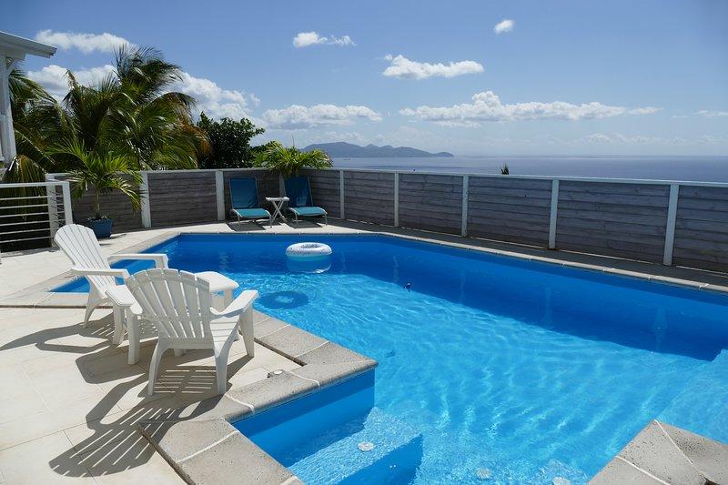 Suite de charme avec piscine et jaccuzzi, holiday rental in Bellefontaine