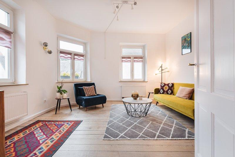 #1 AUGSBURG CENTER: luxurious old town apartment, Ferienwohnung in Augsburg