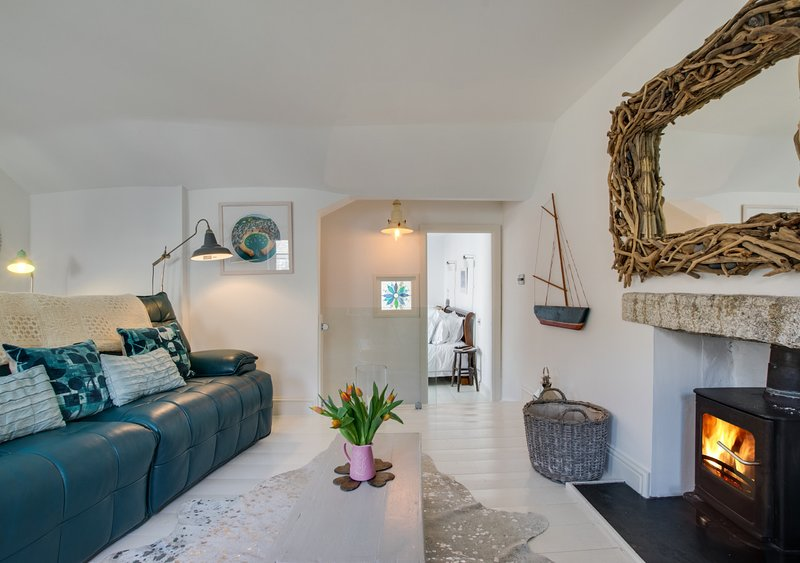 The Old Pilchard Press, vacation rental in Paul