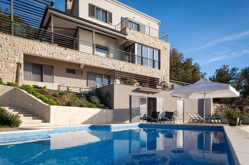 VILLA IVA, 3 lovelyvillas, alquiler de vacaciones en Podgora