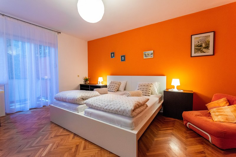 New Cozy Apartment Nea, casa vacanza a Cavle