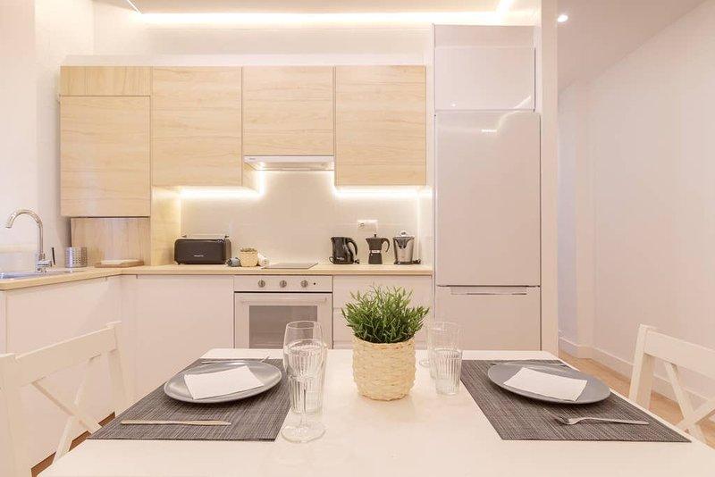 Apartamento reformado con encanto by Urban Hosts, holiday rental in Orozko