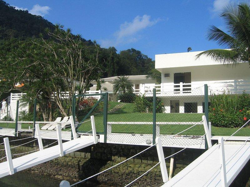 Ang033 - House in Angra dos Reis, location de vacances à Saco do Ceu