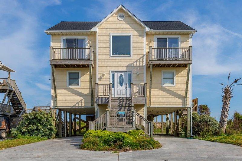 Sunrise Court 726 Oceanfront! | Pet Friendly, Internet, Jacuzzi, Wedding Friendl, holiday rental in Surf City