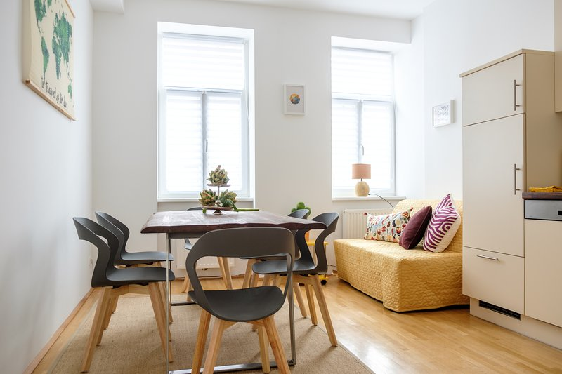 Vienna Experience - The Hippo and the Zebra - Gemütliches Familienapartment, holiday rental in Oberkirchbach