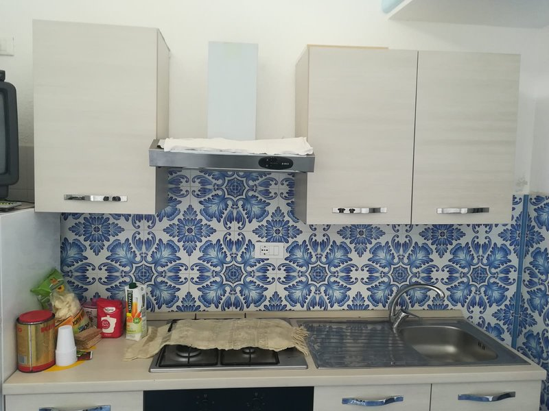Nice apartment with sea view & Wifi, holiday rental in Procida