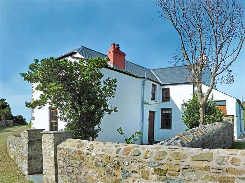PANTEURIG FARMHOUSE , 3 bedroom,, holiday rental in Mathry