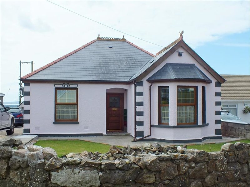 MAES YR AWEL, 4 bedroom, Carmarthenshire, location de vacances à Ferryside