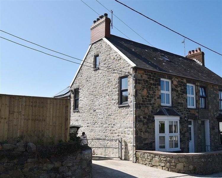 LYNDALE, 5 bedroom, Pembrokeshire, alquiler de vacaciones en Newport -Trefdraeth