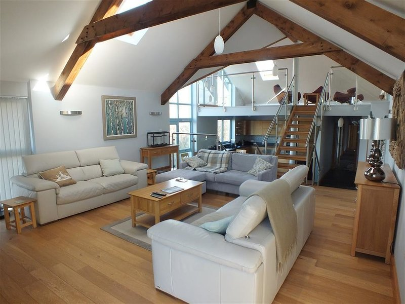 SEABROOK, 4 bedroom, Pembrokeshire, location de vacances à Broad Haven