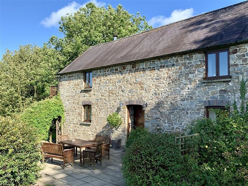 THE GRANARY, 3 bedroom, Pembrokeshire, vakantiewoning in Cardigan