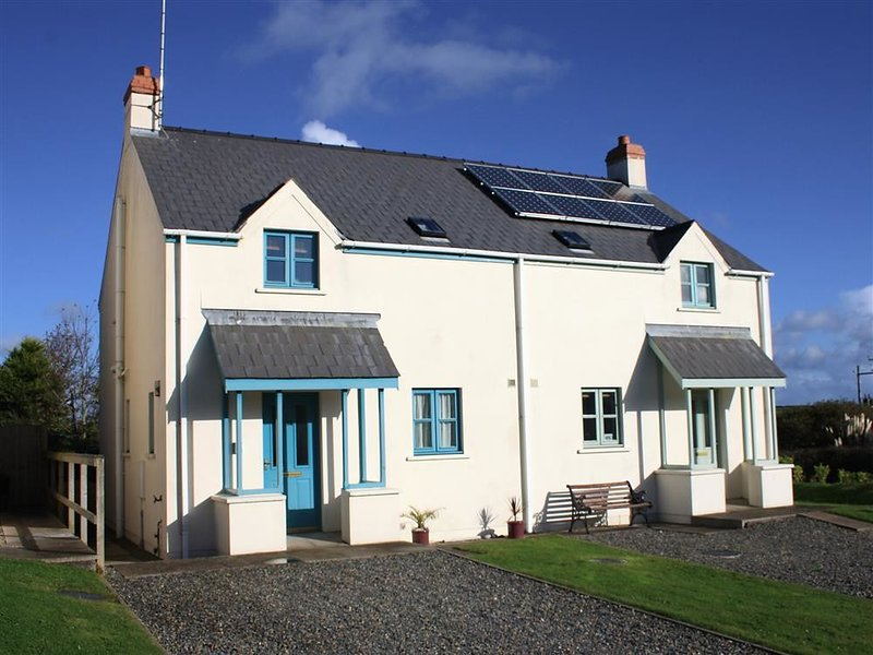 14 Green Meadow Close, Marloes, holiday rental in St Ishmaels