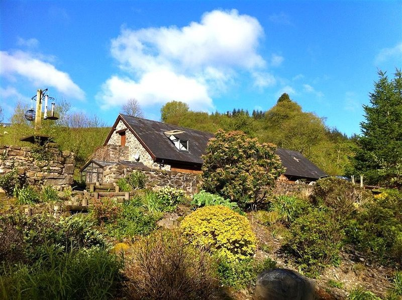 UPPER BARN COTTAGE, 2 bedroom, Powys, vakantiewoning in Llanbrynmair