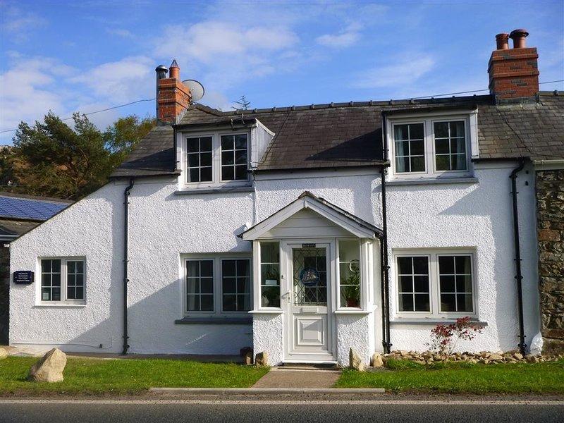 Meadowlands, Dinas Cross, holiday rental in Dinas Cross