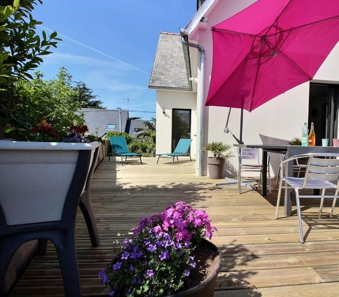 Beautiful house with garden & Wifi, holiday rental in Ploumanac'h