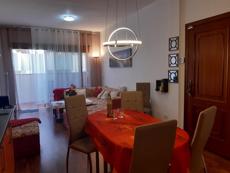 Apartment with mountain view, holiday rental in Cercados de Espinos