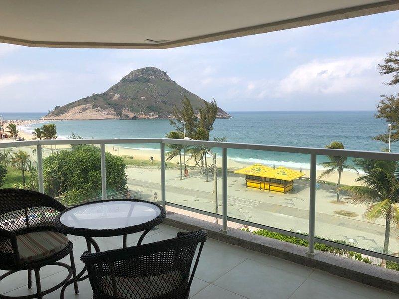Flat 3o Andar com vista MARAVILHOSA para mar na Praia da Macumba, holiday rental in Guaratiba