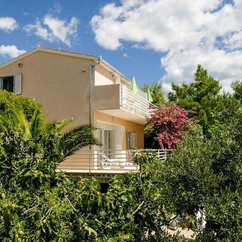 Building,House,Cottage,Hotel,Resort