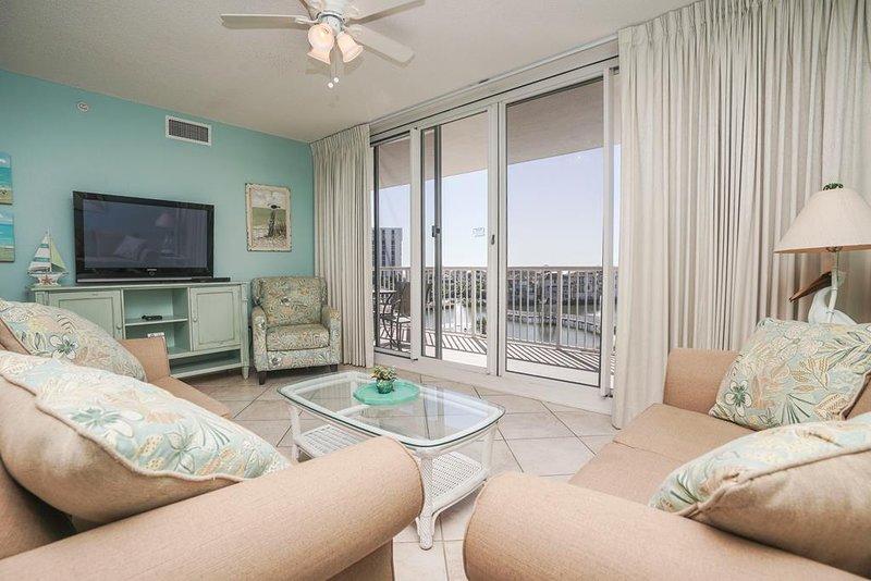 Terraza en Pelican Beach Resort Condo 404