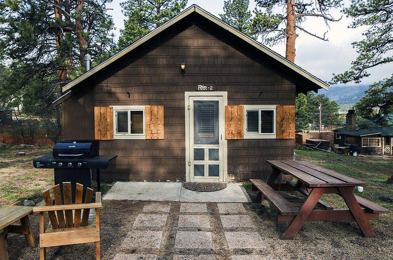 Triple R Cottages: 2, holiday rental in Estes Park