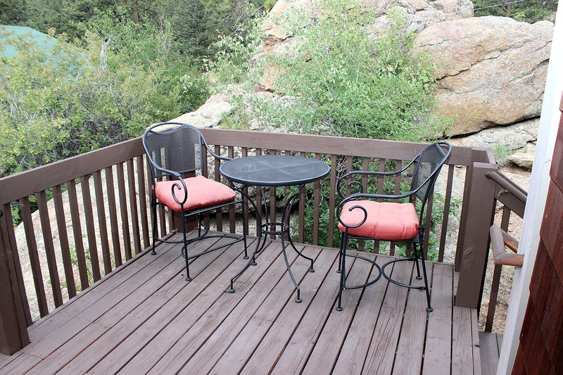 Table & Chairs on Deck