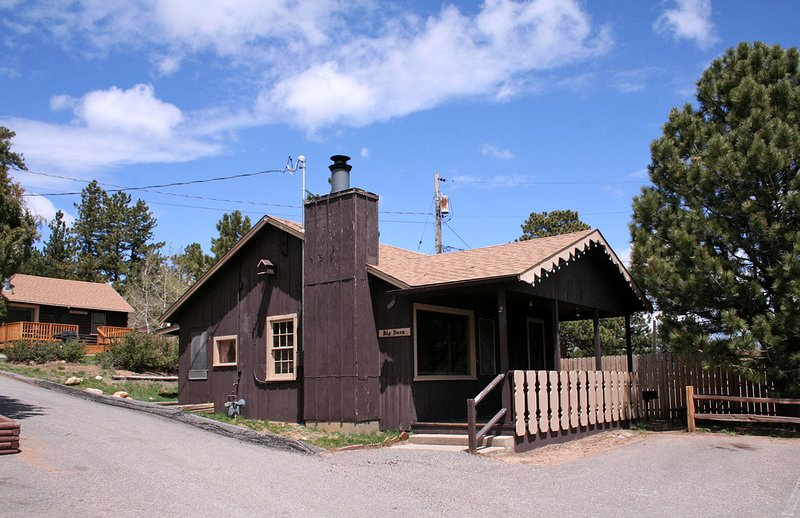 Lazy R Cottages: 2, holiday rental in Estes Park