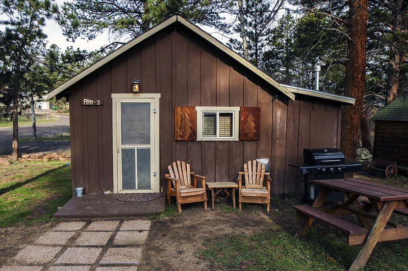 Triple R Cottages: 3, holiday rental in Estes Park