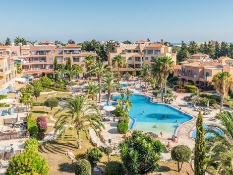 2 Bed Apartment - Limnaria Gardens (105)**, alquiler vacacional en Pafos