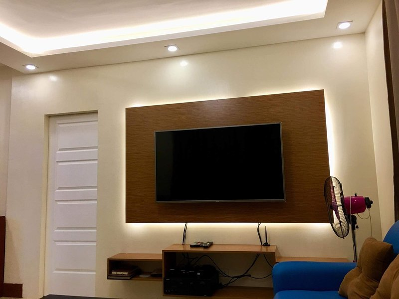 Transient House in Mactan and Van for Rent, vacation rental in Lapu Lapu