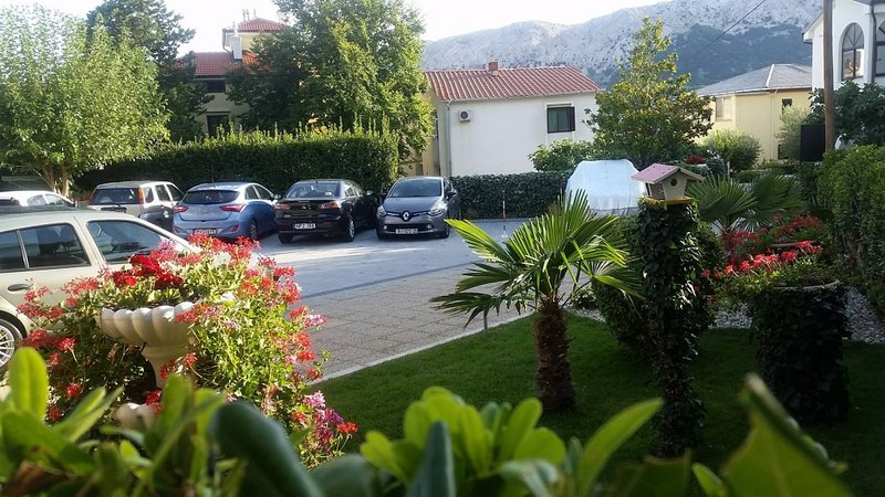 Studio apartment 4863-5 for 2 Pers. in Baška, location de vacances à Jurandvor
