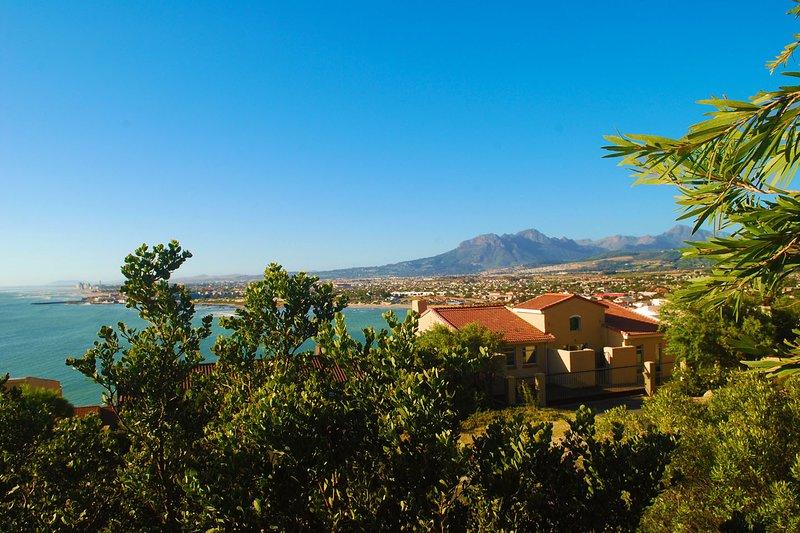 Sleep @ Ocean View Table Mountain, location de vacances à Grabouw
