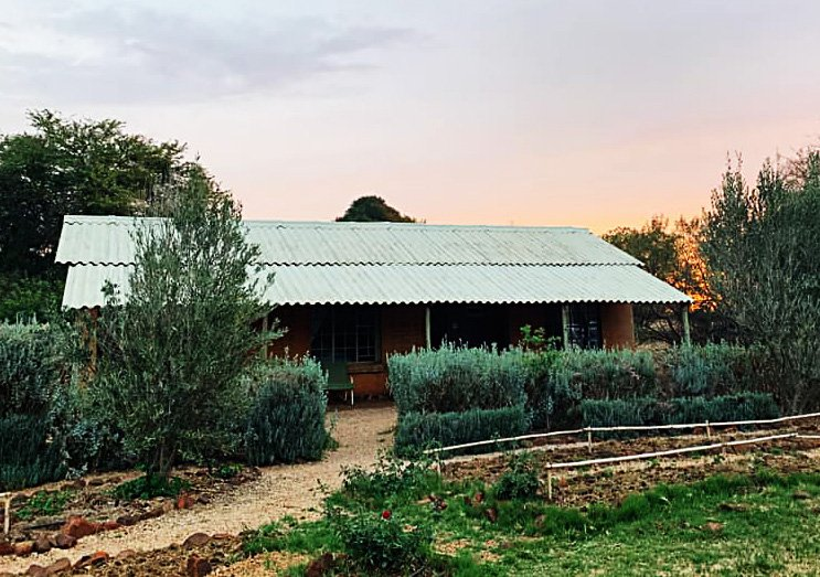 Wickedfood Earth Country Cooking School, holiday rental in Broederstroom