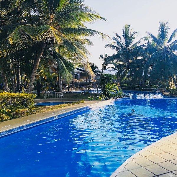Amazing Ocean View Iririki Island Resort&Spa, vacation rental in Port Havannah