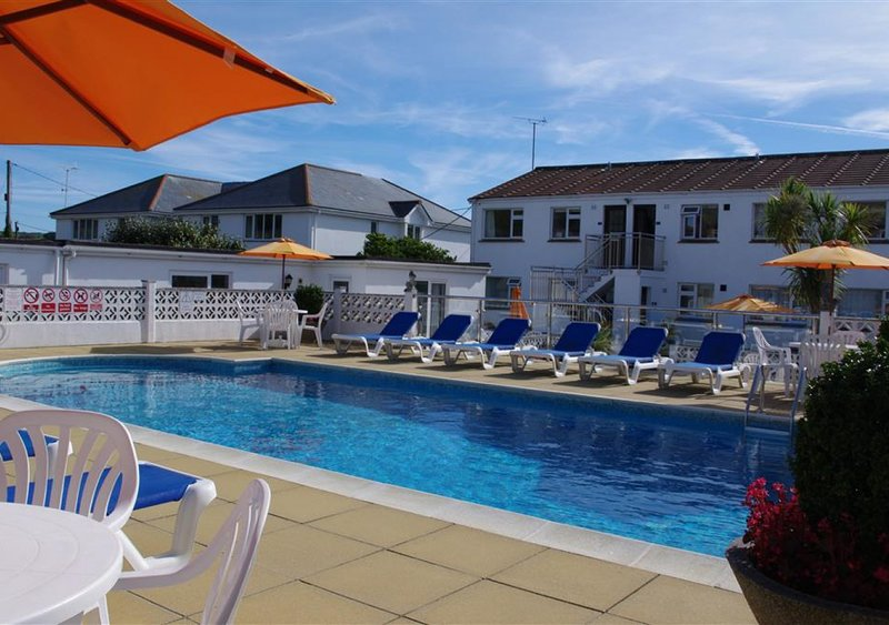 1 Europa Court, vacation rental in Trenance