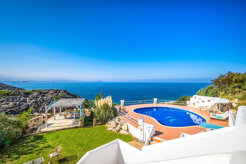 Fedra 7BR Luxury Villa In Tersanas, Chania, holiday rental in Tersanas