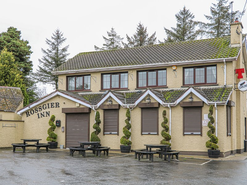 Rossgier Inn, Lifford, County Donegal, holiday rental in Ballybofey