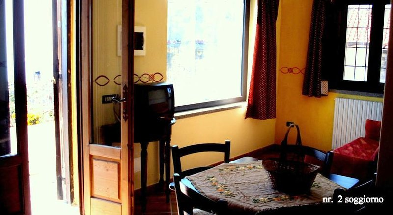 Beautiful apartment with sea view, vacation rental in Pollica