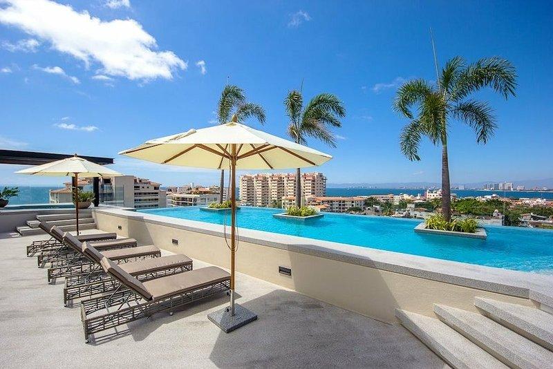 Zenith - Beutiful Condo in the heart of Old Town, vacation rental in Puerto Vallarta
