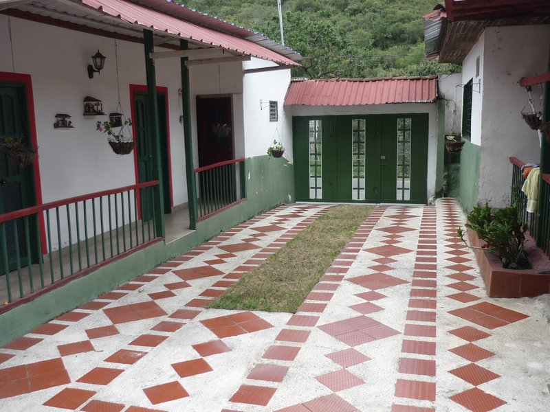 Casa campestre, holiday rental in Yotoco