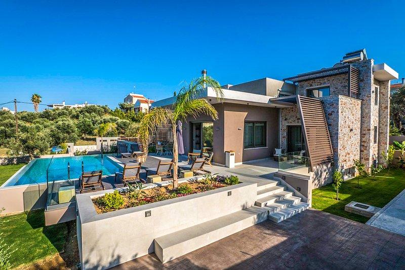 Afroditi 4BR Seaview Villa, Daratso Chania, holiday rental in Daratsos