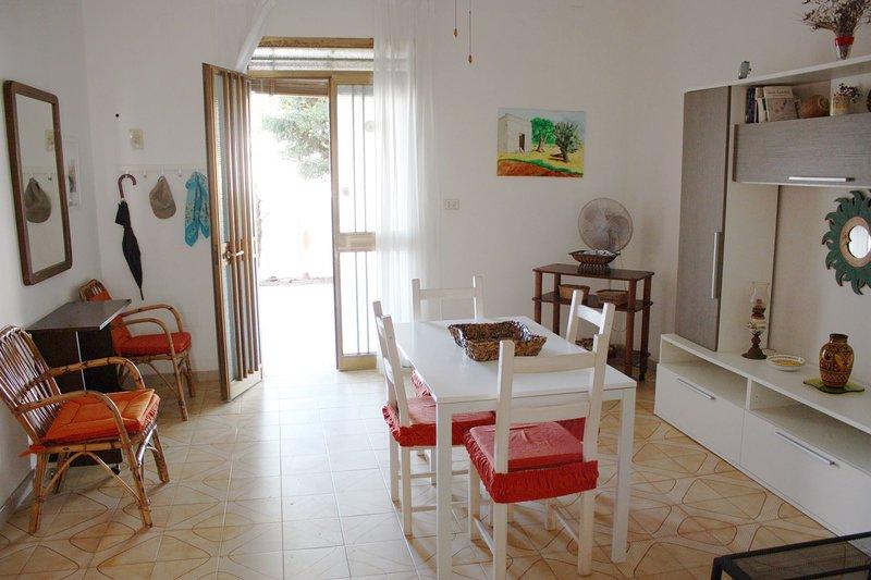 Villa Beatrice (TL04), holiday rental in Villaggio Boncore