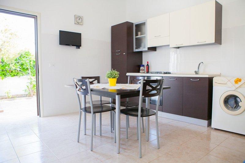 Casa Giusi (TL07A), holiday rental in Villaggio Boncore
