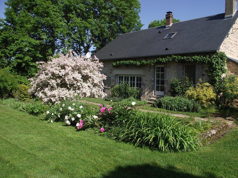 Gîte 'Les Oiseaux', location de vacances à Gueugnon
