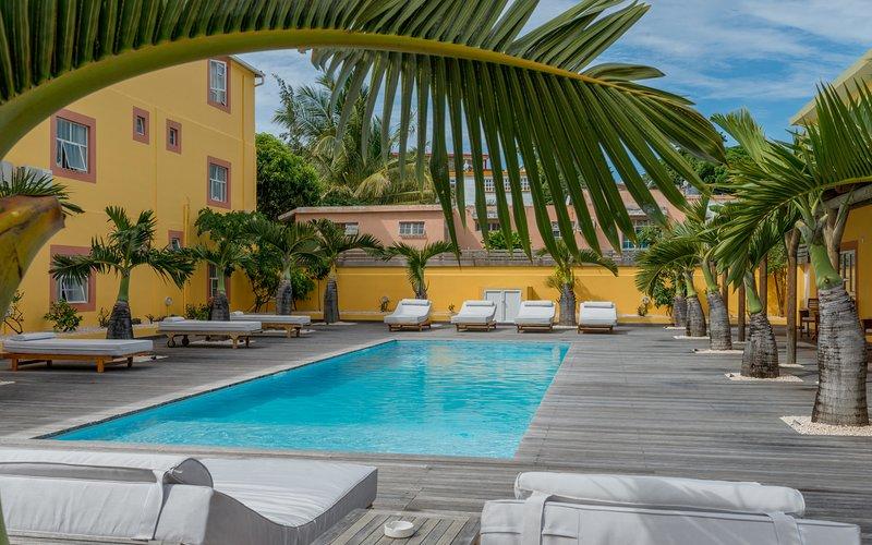 Two Bedroom Apartment at Wanna Studio Apartments, location de vacances à Pointe aux Canonniers