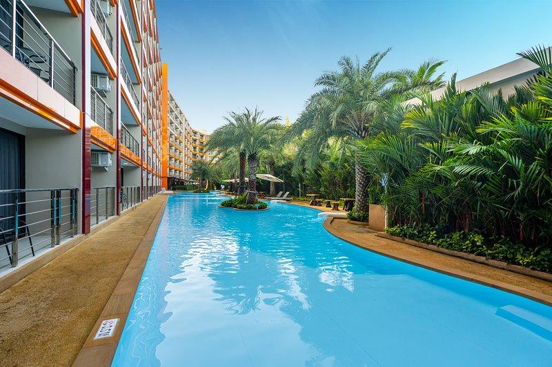 Mai Khao Beach Condo | Pool, Gym, Spa, holiday rental in Mai Khao