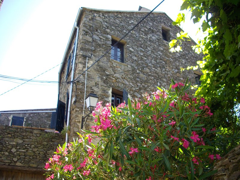 Sole e Ventu 90qm, holiday rental in La Porta