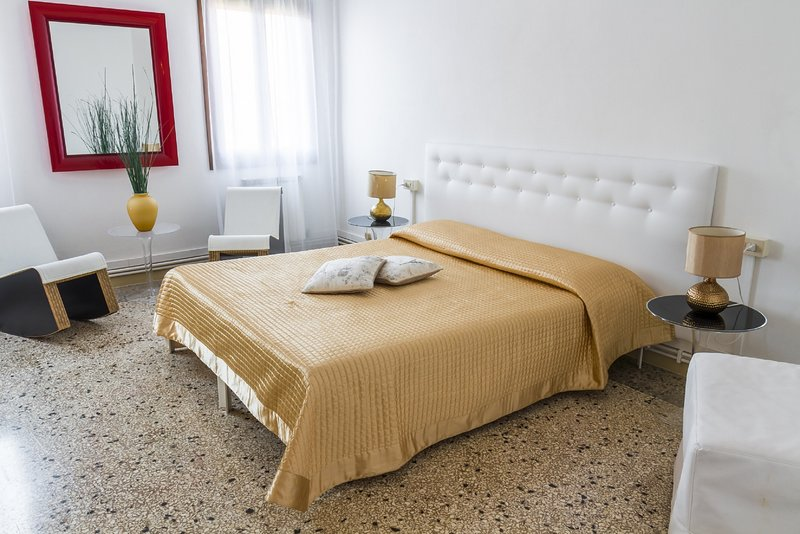 Accademia Charm Apartment n.6, vacation rental in Giudecca